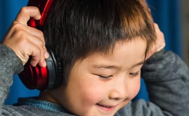 הילד בן ה-6 הפך לדיג'יי הצעיר בעולם