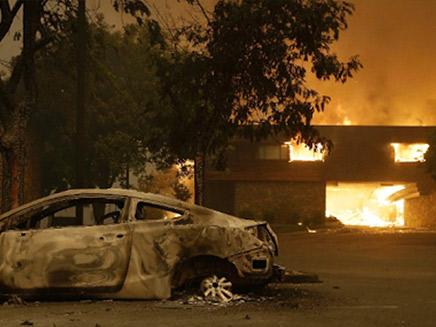 אש בקליפורניה