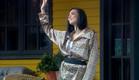 מנואל נהנת מן תהילת הפיג'מה  (צילום: מתוך