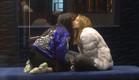 רומי ומנואל בנשיקת שבת שלום (צילום: מתוך