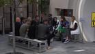 התושבים מתכנסים לביצוע המשימה (צילום: מתוך