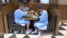 סייף, מיכאל ודודו אוכלים (צילום: מתוך