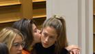 מנואל ונטע מפתיעות בנשיקה (צילום: מתוך