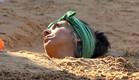 לימור קבורה בחול (צילום: מתוך