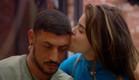 הודיה מנשקת את דודו (צילום: מתוך