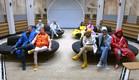 התושבים מחכים להנחיות למשימה (צילום: מתוך