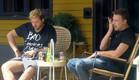 דומיניק ודניאל בשיחה קשה על המיסויים שעשו (צילום: מתוך