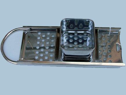 """מכשיר להכנת בצקיות (צילום: באדיבות הוצאת הספרים """"אחיאסף"""")"""