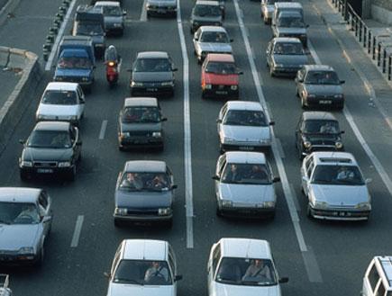 פקק בכביש מהיר (צילום: SXC)