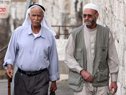 מוסלמים בירושלים (צילום: עודד קרני)