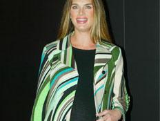 סלברטאיות בהריון 2- ברוק שילדס בשבוע האופנה (צילום: Reuters)