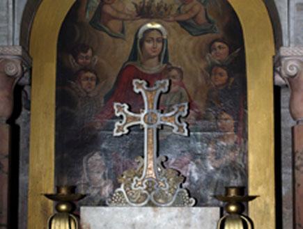מזבח לישו (צילום: אור גץ)