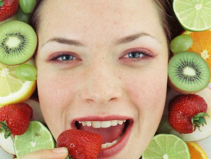 מסכת פירות (צילום: jupiter images)