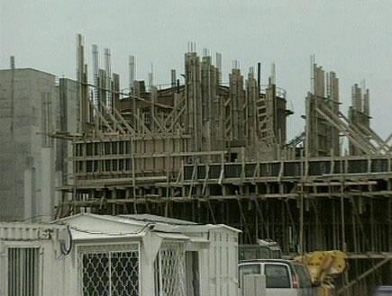 אתר בנייה (תמונת AVI: אור גץ, חדשות1 ערוץ 2)