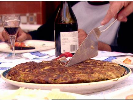 """""""דרך האוכל"""", ישראל אהרוני, גברי בנאי (תמונת AVI: דרך האוכל2, דרך האוכל 1)"""