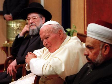 נציגי אלוהים (צילום: Reuters)