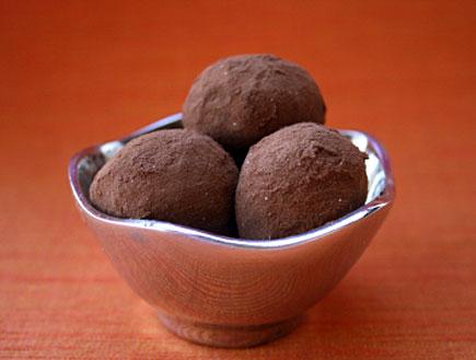 כדורי שוקולד בגביע
