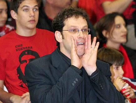 שרון דרוקר והקהל (צילום: עודד קרני)