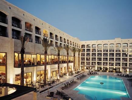 מלון גולדן קראון golden crown נצרת