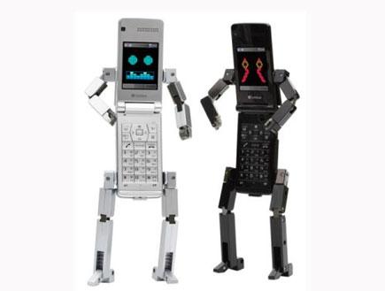 2 רובוט פלאפון שחור ולבן