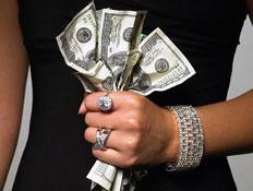 צמודה לדולר  (צילום: jupiter images)