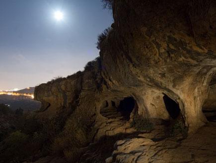 טיול לילי בדרך לירושלים: נחל חלילים (צילום: איציק מרום)