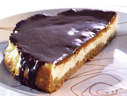 עוגת גבינה ושוקולד מתוך הספר עוגות ברגע
