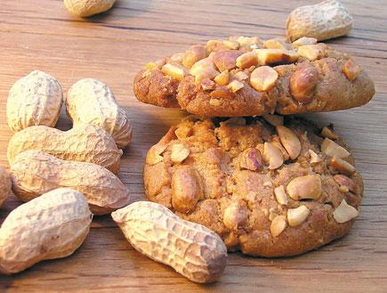 מתוק ובריא - עינוגי חמאת בוטנים (צילום: יח