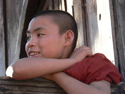 נזיר ילד בבורמה (צילום: 2sxc)