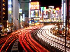 טוקיו בלילה (צילום: Shutterstock)