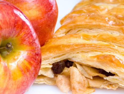 שטרודל תפוחים (צילום: Juanmonino, Istock)