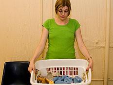 עקרת בית מרימה סל כביסה