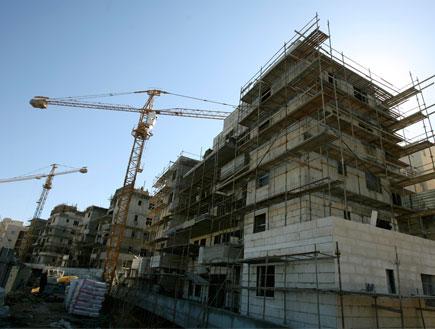 בניינים בבניה (תמונת AVI: אור גץ, חדשות)