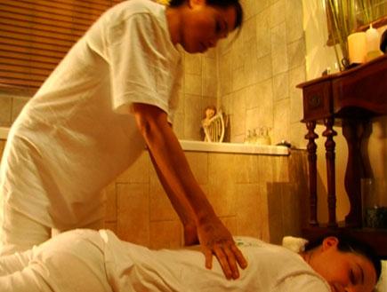 טיפולי ספא-עיסוי תאילנדי (צילום: אור גץ)