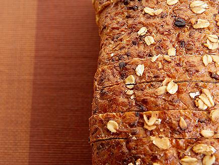 לחם דגנים (צילום: jupiter images)