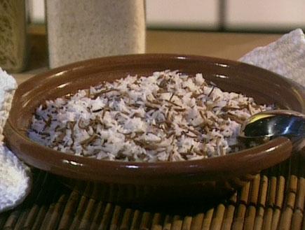 אורז עם אטריות (תמונת AVI: מצעד האוכל הישראלי)