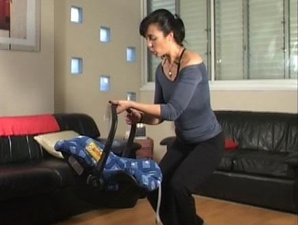 פילאטיס לתינוקות- טיפ 1- איך להרים דברים נכון (וידאו WMV: mako)