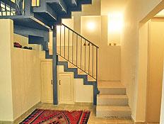 מדרגות שטיח ונישות