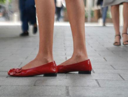 נעליים אדומות- Couple Of (צילום: עדי רם)