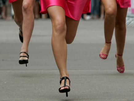תחרות ריצה על עקבים (צילום: רויטרס, חדשות)
