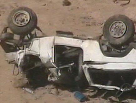 תאונת דרכים,רכב הפוך (וידאו WMV: אור גץ, חדשות)