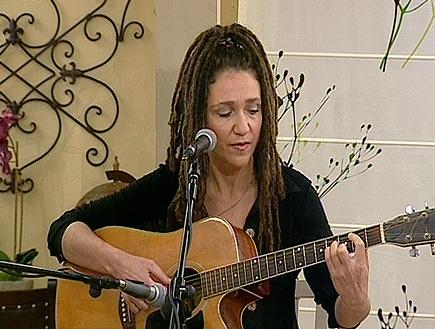 """אלונה דניאל- """"באשר תלכי""""33172 (וידאו WMV: זמן איכות )"""