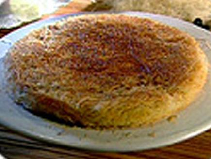 כנאפה עם דובדבנים מיובשים (תמונת AVI: אהרוני מבשל לחברים)