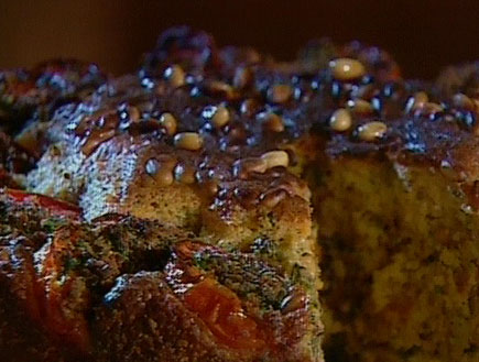 עוגת עגבניות ממולאות (תמונת AVI: עדי רם, אהרוני מבשל לחברים)