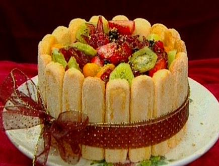 עוגת שארלוט של שושי (תמונת AVI: עדי רם, גיל חובב מגיש:המנה של המדינה)