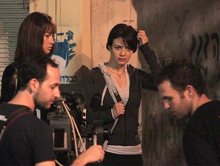 נינט מצטלמת בסרט קירות (צילום: פאפא סוכנות צילום)