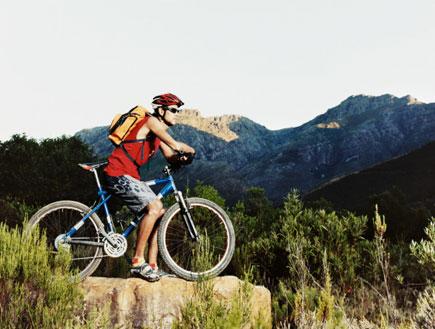 רוכב אופניים (צילום: Evan Agostini, GettyImages IL)
