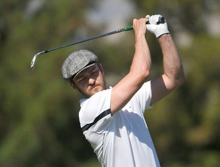 ג'סטין טימברלייק משחק גולף (צילום: getty images)