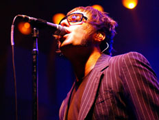אואזיס בהופעה ליאם גלאגר, oasis, liam galagher (צילום: ShowBizIreland, GettyImages IL)