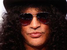 סלאש slash (צילום: Kevin Winter, GettyImages IL)